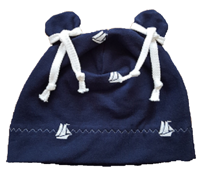Blaue Mütze mit Segelboten